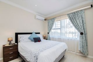 apartment styled accommodation self catering bluewater bay king guest lodge bedroom 3
