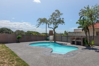 apartment styled accommodation self catering bluewater bay king guest lodge swimming pool